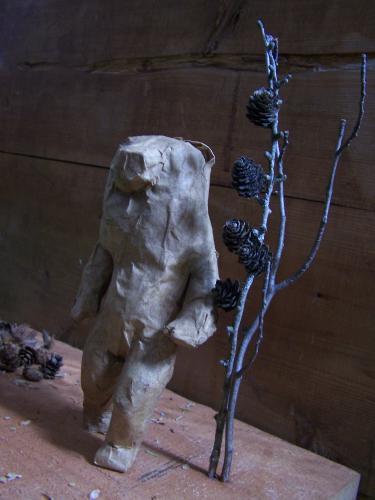 La femme ourse de face©carolinebarber